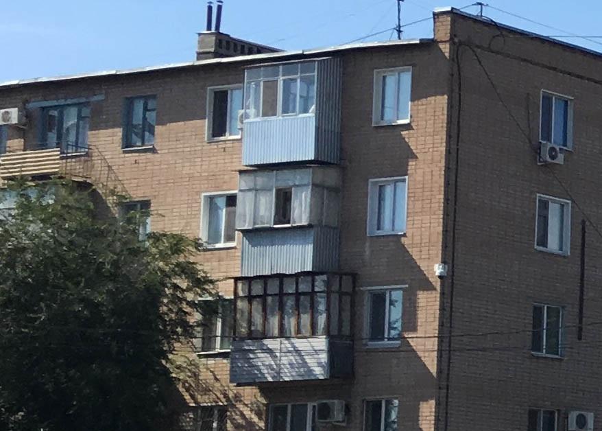 Пятилетний ребенок закрыл на балконе бабушку чтобы поиграть в майнкрафт
