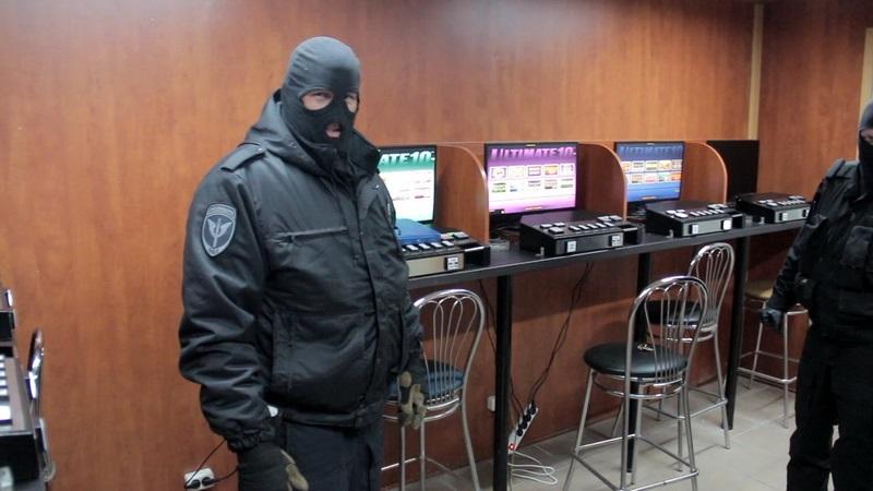 Сеть подпольных казино вскрыли в Оренбурге