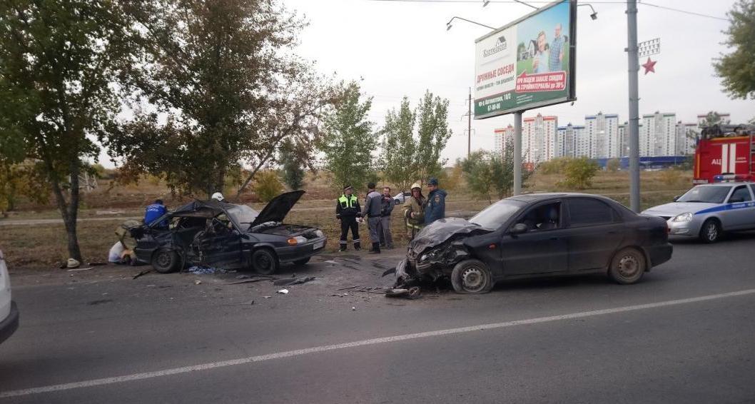 В аварии на проспекте Победы пострадали несколько человек