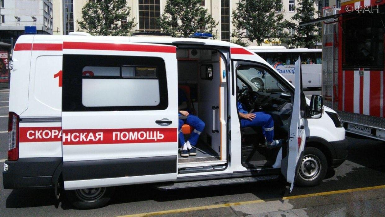 Машина скорой помощи сбила девушку на пешеходном переходе в Оренбурге
