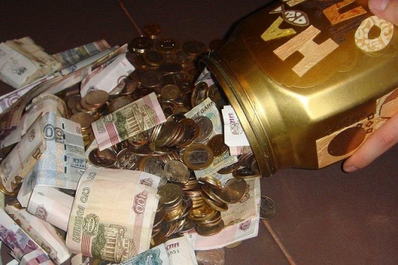 Гость на свадьбе украл у молодоженов 250 тысяч рублей