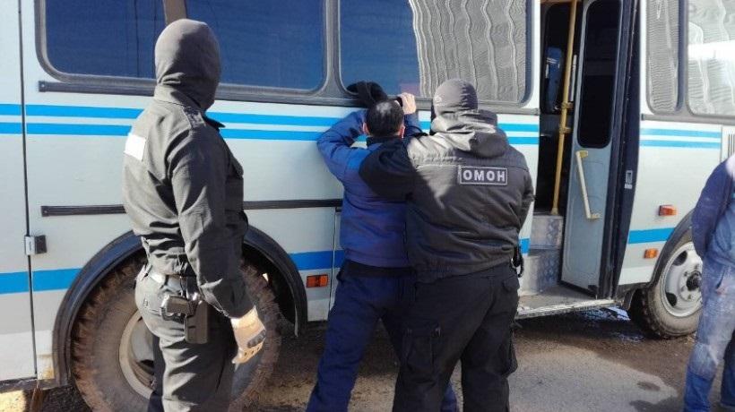 Сотрудники ОМОНа задержали на стройке 25 мигрантов