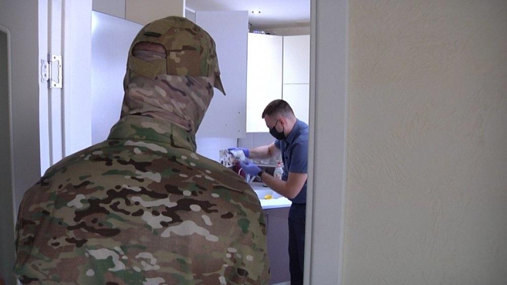 В Оренбуржье арестовали полицейского, подозреваемого в крупной взятке