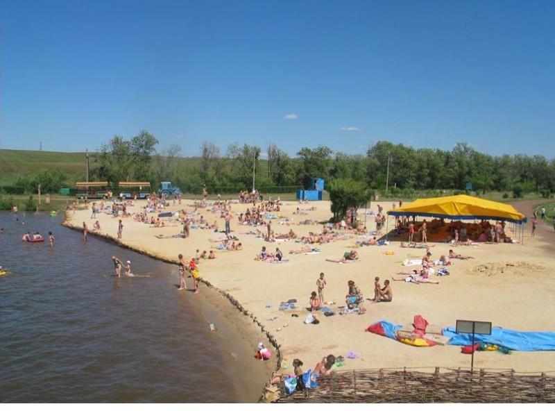 Минздрав сообщил, что оренбуржцы заражаются коронавирусом на пляжах